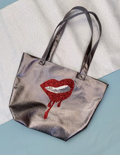 Gunmetal leather nappa handmade bag with dripped lips design